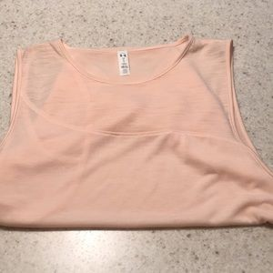 Woman's Under Armour Tank Top